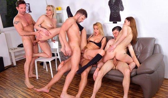 Банк Порно Фото